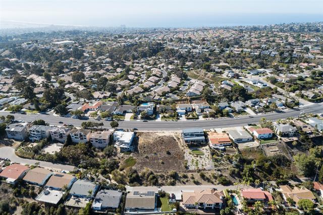 5715 Soledad Mountain Rd #209, La Jolla, CA 92037 (#180065270) :: Keller Williams - Triolo Realty Group