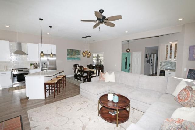 3821 Wildrose Gln, Escondido, CA 92025 (#190001609) :: Neuman & Neuman Real Estate Inc.