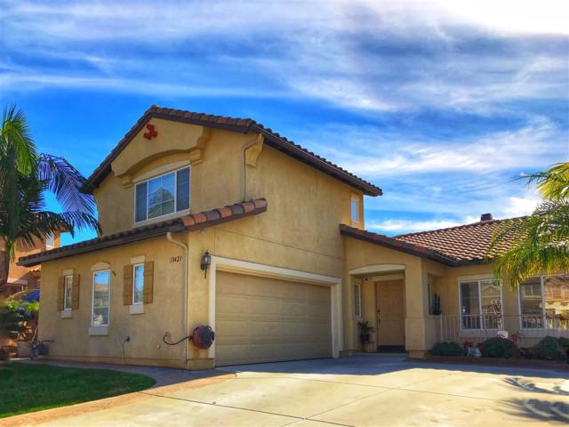 10423 Celestial Waters Dr, Spring Valley, CA 91977 (#190004984) :: Keller Williams - Triolo Realty Group