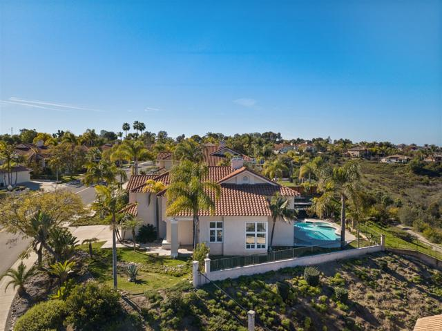 5148 Bella Collina St, Oceanside, CA 92056 (#190007658) :: Whissel Realty