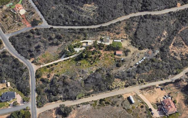 899 La Moree Rd., San Marcos, CA 92078 (#190008812) :: eXp Realty of California Inc.