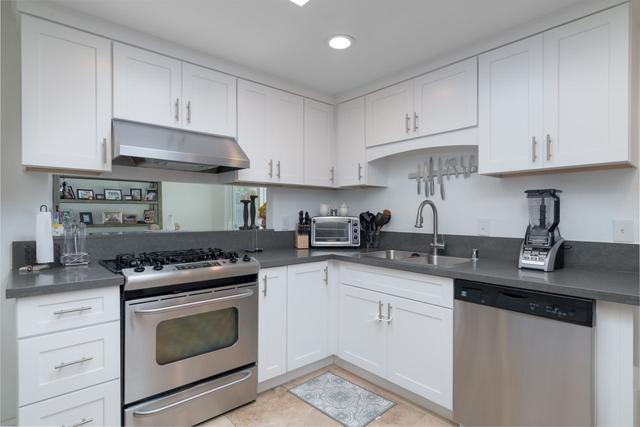 976 Guatay, Chula Vista, CA 91911 (#190009355) :: Coldwell Banker Residential Brokerage