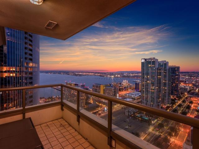 700 W E St #3004, San Diego, CA 92101 (#190012032) :: Pugh | Tomasi & Associates