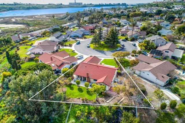 1885 Bienvenida Cir, Carlsbad, CA 92008 (#190013187) :: The Yarbrough Group