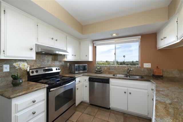 3747 Vista Campana S #41, Oceanside, CA 92057 (#190014283) :: Keller Williams - Triolo Realty Group