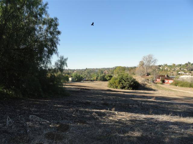 725 Poinsettia Ave A, Vista, CA 92081 (#190022507) :: Whissel Realty