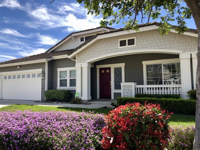 3213 Oak Wood Ln, Escondido, CA 92027 (#190024135) :: Farland Realty
