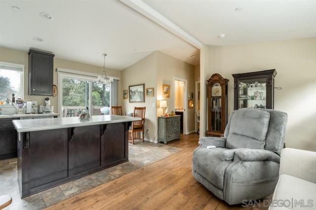 8326 Foothill Blvd, Pine Valley, CA 91962 (#190026405) :: Farland Realty