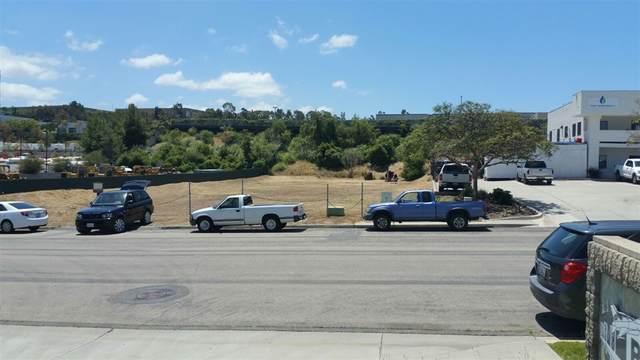 2232 La Mirada Dr #2232, Vista, CA 92081 (#190029139) :: Allison James Estates and Homes