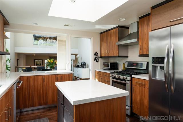 5428 Caminito Herminia, La Jolla, CA 92037 (#190030020) :: Neuman & Neuman Real Estate Inc.
