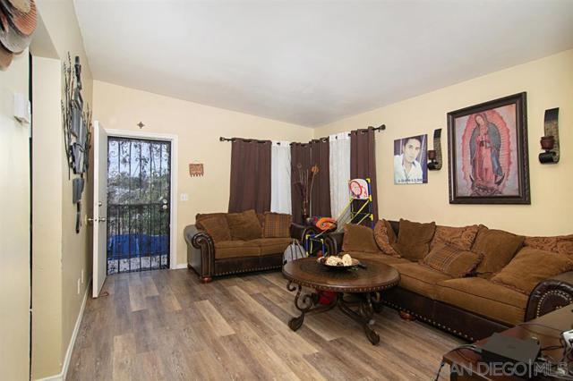 823-825 Winston Drive, San Diego, CA 92114 (#190033016) :: Farland Realty