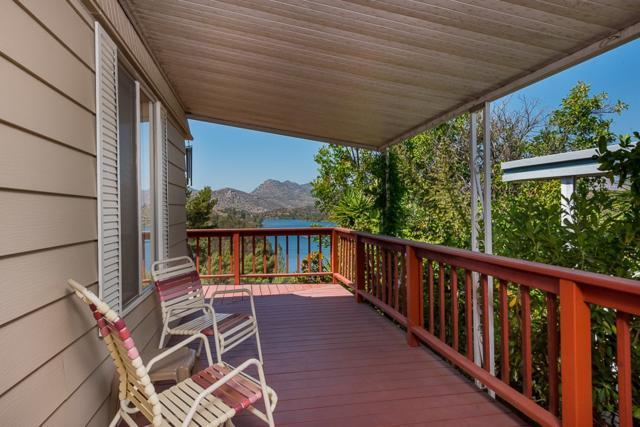 9500 Harritt Rd #17, Lakeside, CA 92040 (#190036882) :: Neuman & Neuman Real Estate Inc.