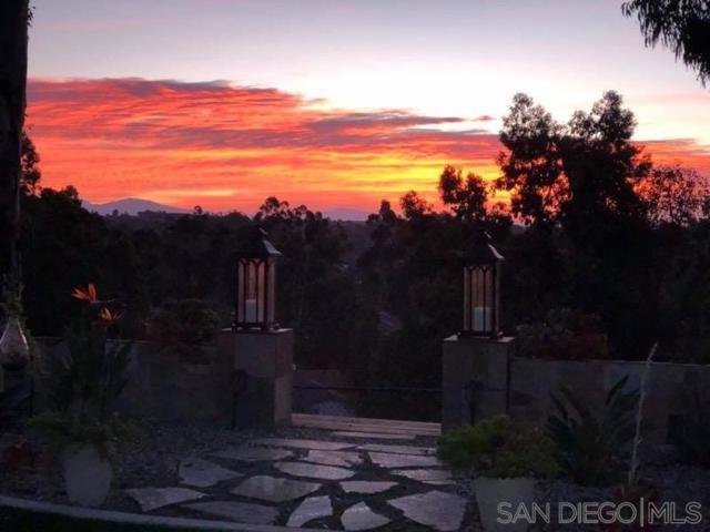 10395 Mountain Glen Terrace, San Diego, CA 92131 (#190036996) :: Coldwell Banker Residential Brokerage