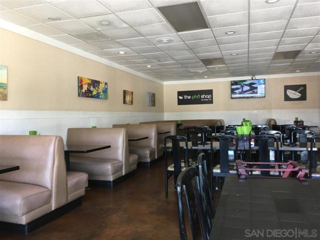 3760 Sport Arena Blvd, Point Loma, CA 92110 (#190039349) :: Coldwell Banker Residential Brokerage