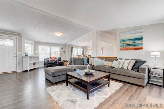 691 Mcdonald Ln, Escondido, CA 92025 (#190044562) :: Neuman & Neuman Real Estate Inc.