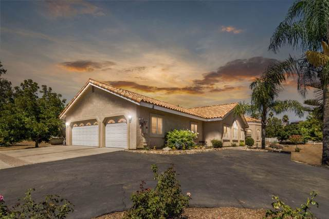 30780 Cool Valley Ranch Ln, Valley Center, CA 92082 (#190045777) :: Allison James Estates and Homes