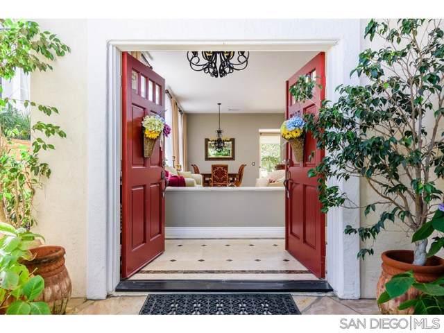 5091 Ruette De Mer, San Diego, CA 92130 (#190050978) :: Neuman & Neuman Real Estate Inc.
