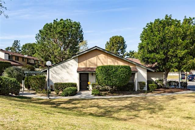 524 Smoketree Gln, Escondido, CA 92026 (#200011233) :: Farland Realty
