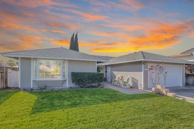 6814 Mewall Dr, San Diego, CA 92119 (#200015885) :: Cane Real Estate
