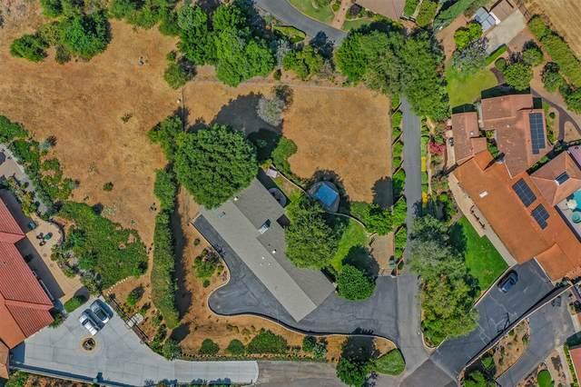 154 Sierra Street, Escondido, CA 92025 (#200029095) :: Neuman & Neuman Real Estate Inc.