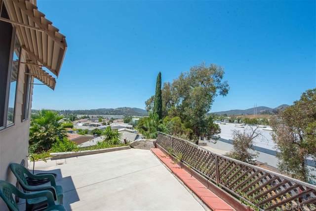 955 Howard #42, Escondido, CA 92029 (#200031640) :: SunLux Real Estate