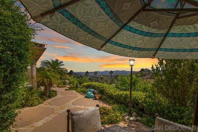 2421 Oak Canyon Place, Escondido, CA 92025 (#200031911) :: San Diego Area Homes for Sale