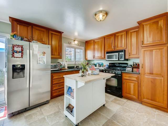 2525 Jefferson A, Carlsbad, CA 92008 (#200035248) :: Whissel Realty
