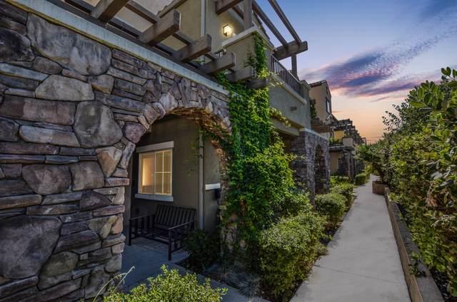 1303 Las Brisas Dr, Santee, CA 92071 (#200037884) :: SunLux Real Estate