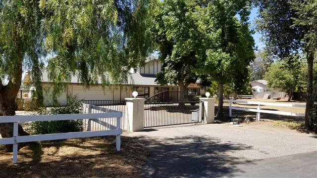 28150 Queensbridge Rd, Valley Center, CA 92082 (#200038155) :: Whissel Realty
