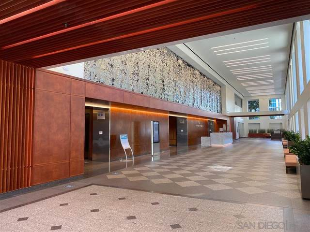 750 B Street, San Diego, CA 92101 (#200038244) :: Neuman & Neuman Real Estate Inc.