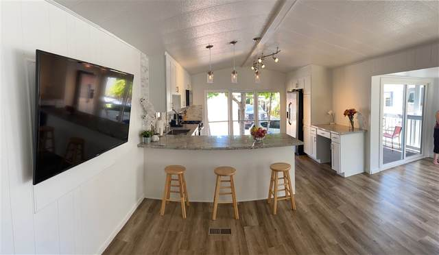 Carlsbad, CA 92011 :: Whissel Realty