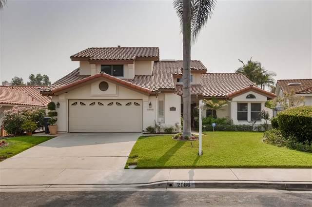 2086 Balboa Circle, Vista, CA 92081 (#200043898) :: Compass