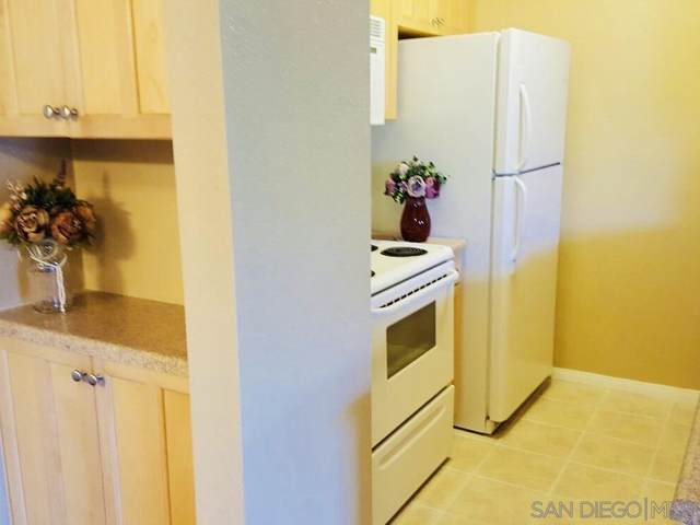 4075 Marlborough Ave. #6, San Diego, CA 92105 (#200044293) :: Compass