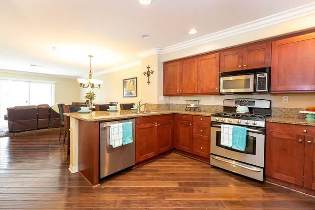 3143 Trinity Bay, San Diego, CA 92110 (#200045695) :: Neuman & Neuman Real Estate Inc.