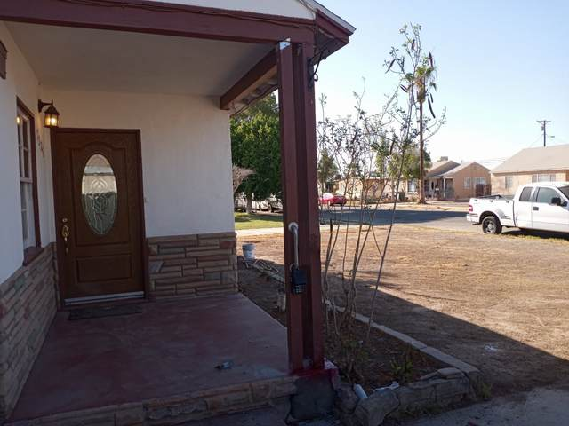 1225 Vine, El Centro, CA 92243 (#200047457) :: Cay, Carly & Patrick | Keller Williams