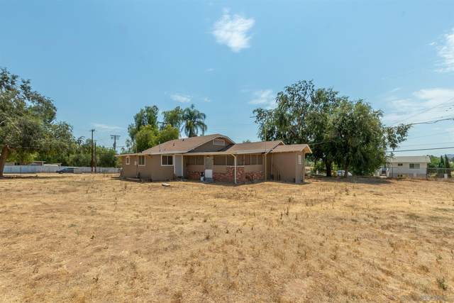 1811 Montecito Rd, Ramona, CA 92065 (#200049355) :: The Miller Group