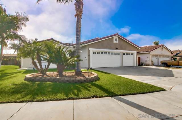 946 Cedar Avenue, Chula Vista, CA 91911 (#200050682) :: Neuman & Neuman Real Estate Inc.
