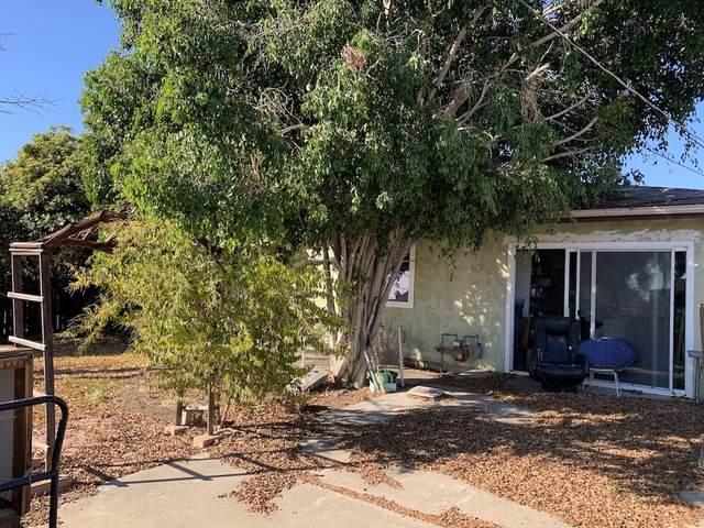 8366 Lincoln St, Lemon Grove, CA 91945 (#200051362) :: Tony J. Molina Real Estate