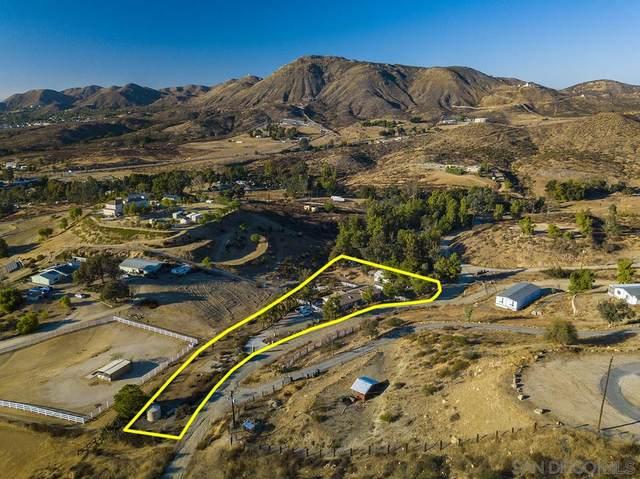 24065 Oak Circle Dr, Wildomar, CA 92595 (#200052066) :: Solis Team Real Estate