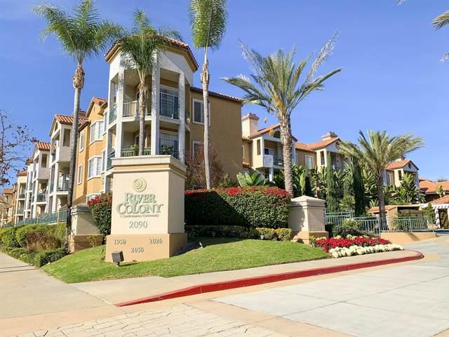 2050 Camino De La Reina #106, San Diego, CA 92108 (#210001522) :: Tony J. Molina Real Estate