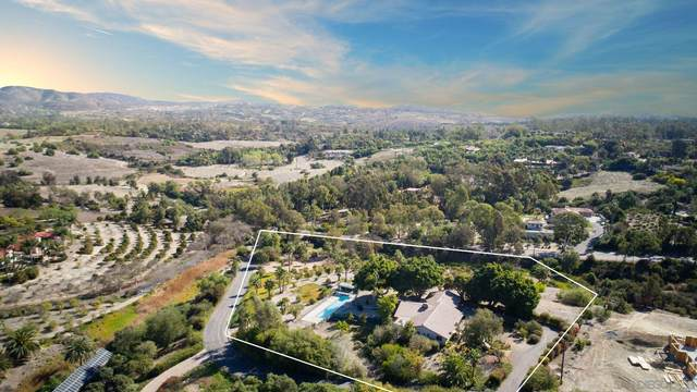 7035 Caminito De Conejos, Rancho Santa Fe, CA 92091 (#210001957) :: Yarbrough Group