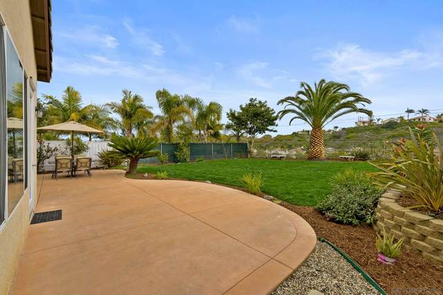 6472 Goldenbush Drive, Carlsbad, CA 92011 (#210004470) :: Neuman & Neuman Real Estate Inc.