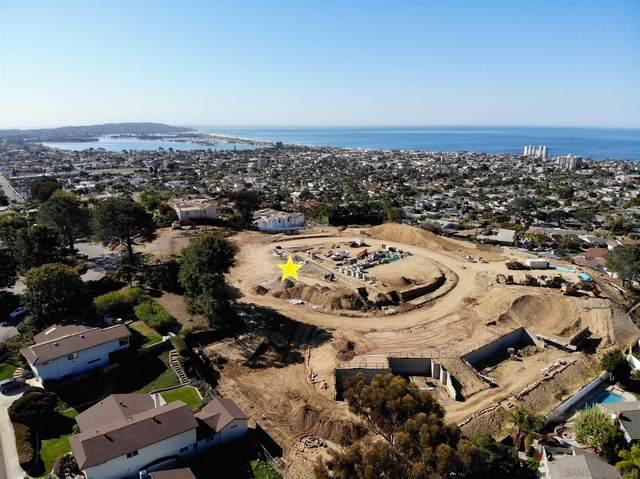 1685.5 Los Altos #14, San Diego, CA 92109 (#210004808) :: Neuman & Neuman Real Estate Inc.