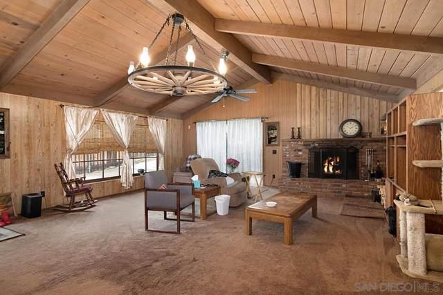 4807 Parks Ave, La Mesa, CA 91942 (#210006392) :: Neuman & Neuman Real Estate Inc.