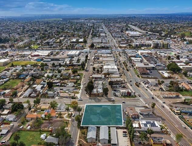 8012-34 Golden Ave #AB, Lemon Grove, CA 91945 (#210007220) :: San Diego Area Homes for Sale