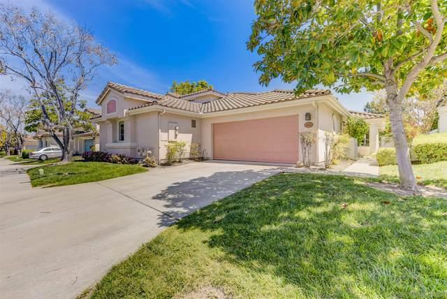 1055 Torrey Pines Rd, Chula Vista, CA 91915 (#210008087) :: PURE Real Estate Group