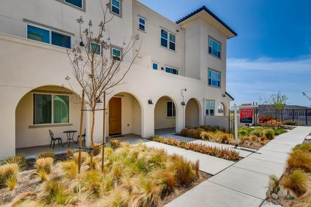 1202 Paseo Sea Breeze #57, San Diego, CA 92154 (#210008868) :: Wannebo Real Estate Group