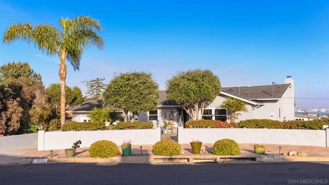 1555 Clove St, San Diego, CA 92106 (#210009248) :: SD Luxe Group