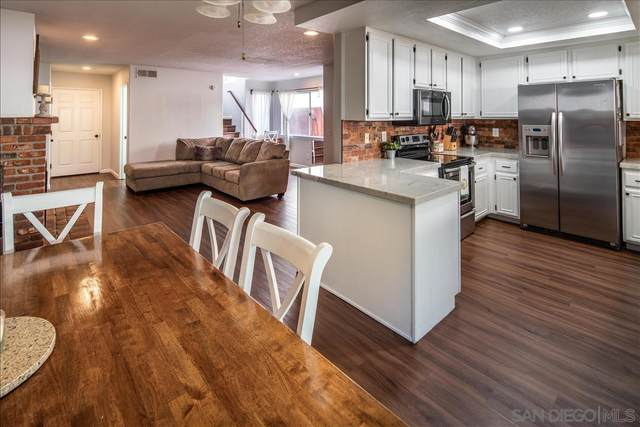 1495 H St, Ramona, CA 92065 (#210010034) :: Wannebo Real Estate Group