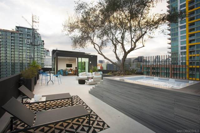 340 15th Street #1, San Diego, CA 92101 (#210011237) :: Dannecker & Associates